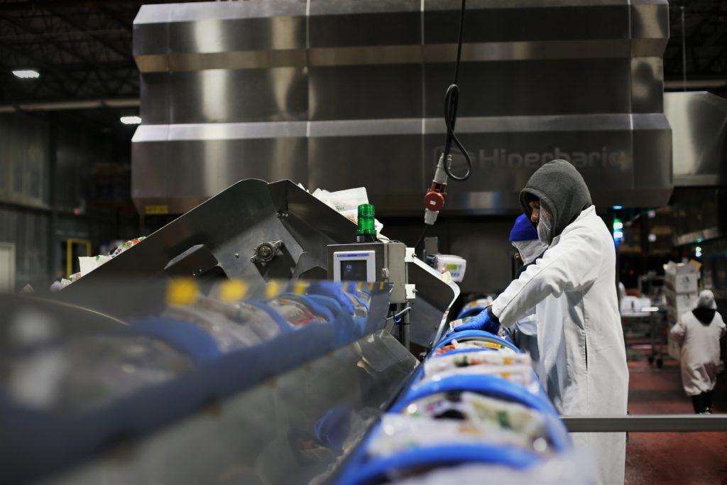 Las instalaciones de Universal Pure están dispuestas con dos equipoc Hiperbaric 525