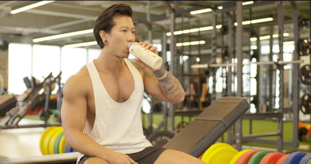 Brian Chia, dueño de BE Protein Smoothies y entusiasta del fitness